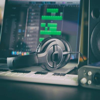 بهترین هدفون استودیویی برای ضبط در خانه 2020